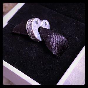 Pandora Sparkling Arcs of Love Heart Clip